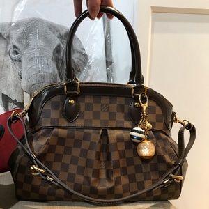 Handbags - Louis Vuitton Trevi